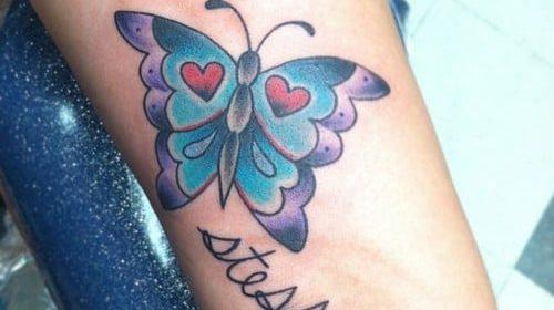 Tatuaje mariposa texto