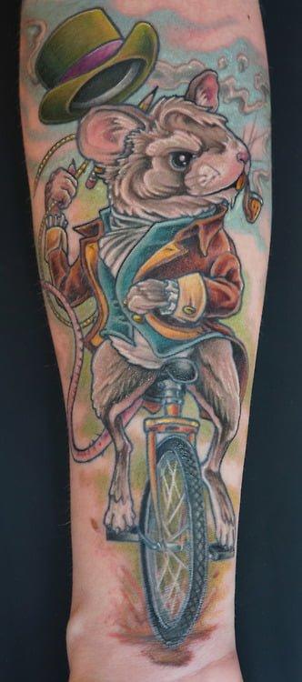 Tatuaje rata elegante
