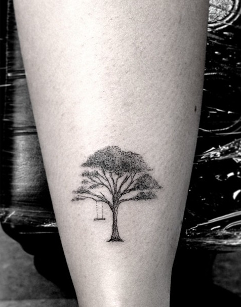 Tatuaje árbol solitario