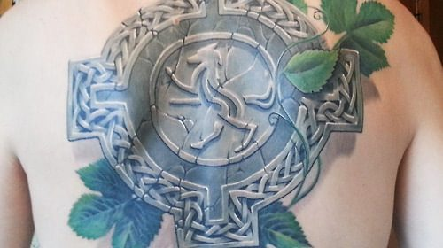 Tatuaje de linterna de camping