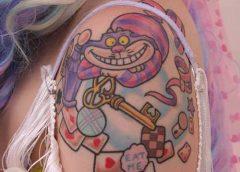 Tatuaje Alicia País Maravillas