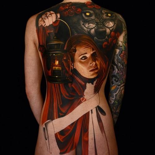 Tatuaje Caperucita moderna