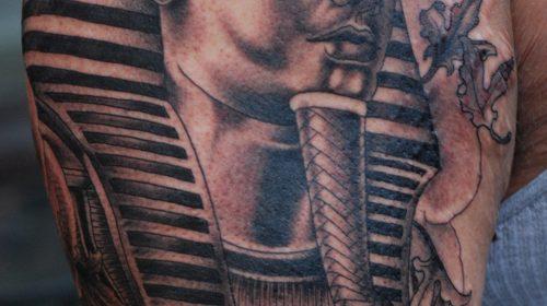 Tatuaje de pulpo de color azul