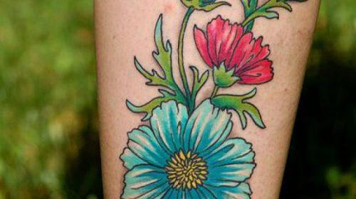 Tatuaje de brazo robótico