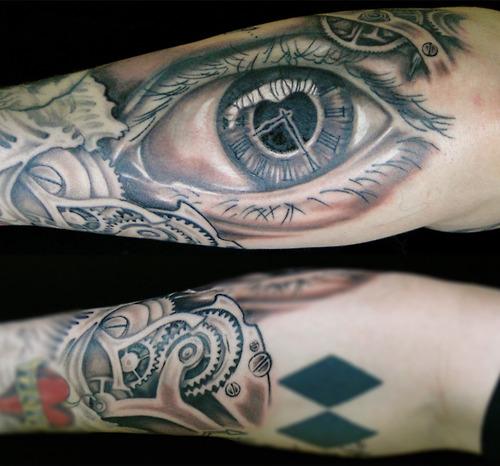 Tatuaje ojo tiempo