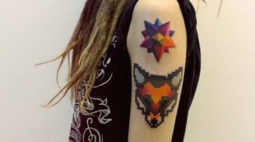 Tatuaje de medusa rosa