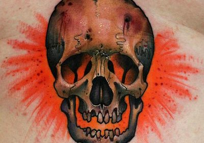 Tatuaje de rosa azul en el cuello