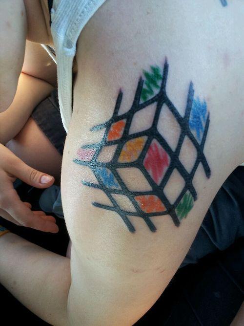 Tatuaje cubo rubik