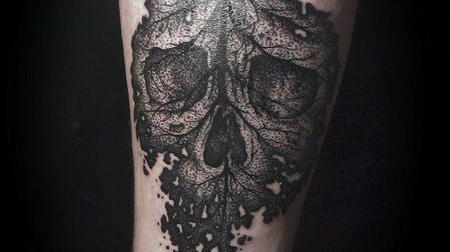 Tatuaje de hombre extraño