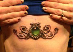 Tatuaje joya pecho
