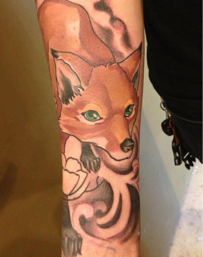Tatuaje zorro brazo
