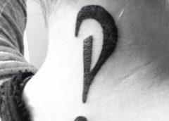 Tatuaje de Interrobang