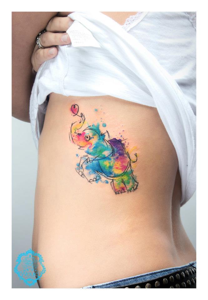 Tatuaje elefantito colores