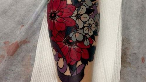 Tatuaje de avión de papel