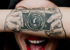 Tatuaje camara pentax
