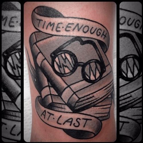 Tatuaje de Twilight Zone