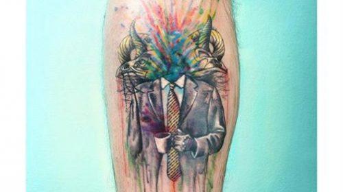 Tatuaje de ciervo de colores