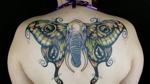 Tatuaje de mano biónica