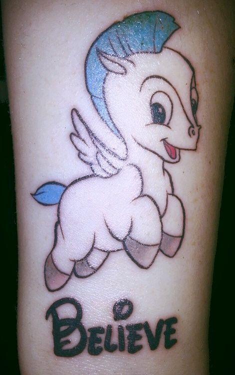 Tatuaje bebe Pegaso