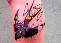 Tatuaje silueta pájaro