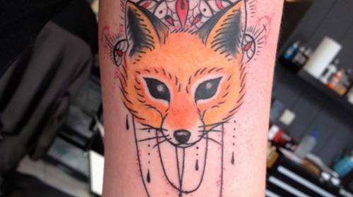 Tatuaje de pez abisal