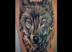Tatuaje cabeza de lobo