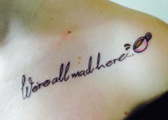 Tatuaje frase Alicia