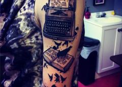 Tatuaje máquina de escribir