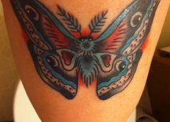 Tatuaje mariposa azul
