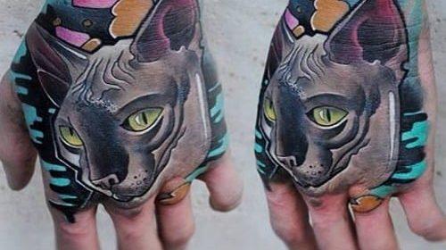 Tatuaje de remolacha en la pierna