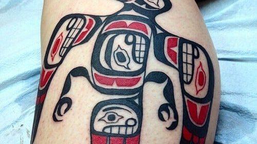 Tatuaje de ciervo de perfil
