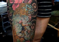 Tatuaje león chino azul