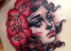 Tatuaje mujer ojos verdes
