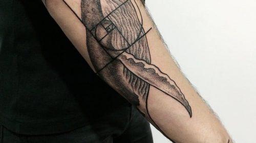 Tatuaje de corazón enmarcado