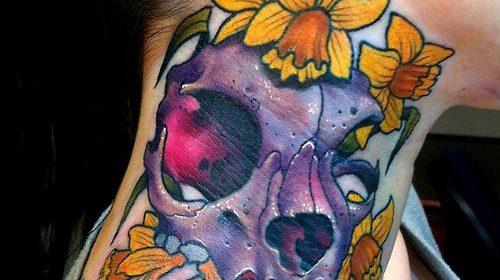 Tatuaje de mujer con velo
