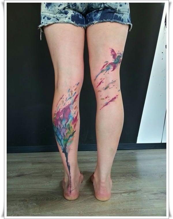 Tatuaje árbol en las piernas