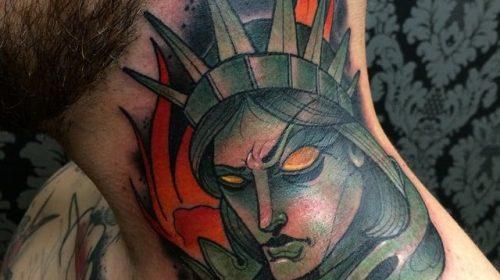 Tatuaje de conejo carnívoro