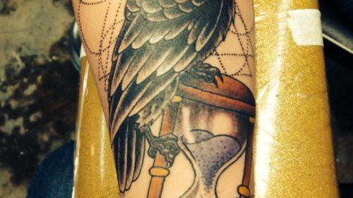 Tatuaje de mujer mariposa