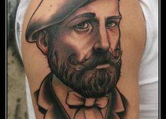 Tatuaje pintor francés