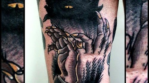 Tatuaje de calavera con moño