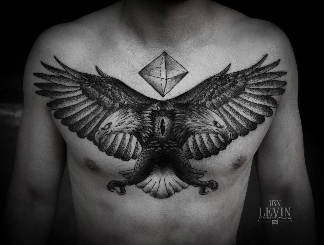 Tatuaje águila bicéfala