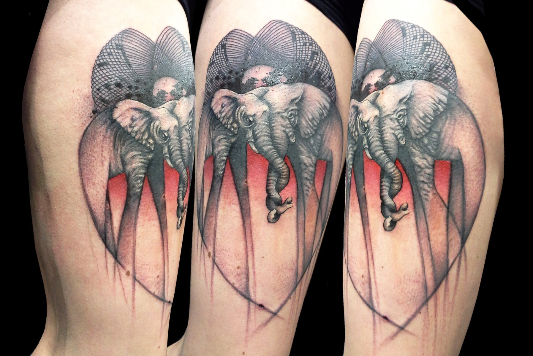 Tatuaje de elefantes enamorados