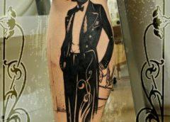 Tatuaje hombre con bombín