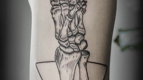 Tatuaje de esqueleto de pescado