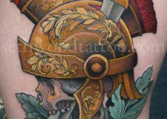 Tatuaje de casco romano
