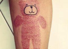 Tatuaje oso peluche marrón