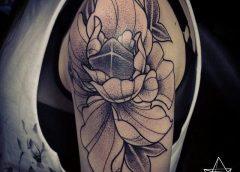Tatuaje peonía