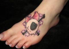 Tatuaje calavera pie