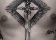 Tatuaje daga en blanco y negro