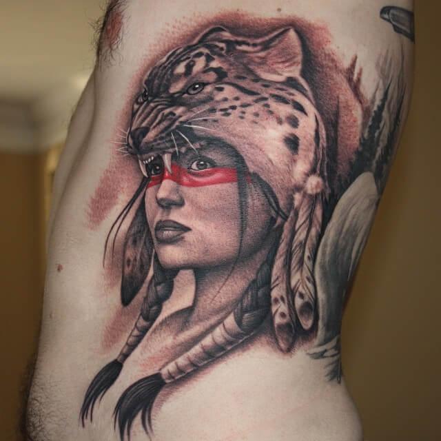 Tatuaje chica jaguar